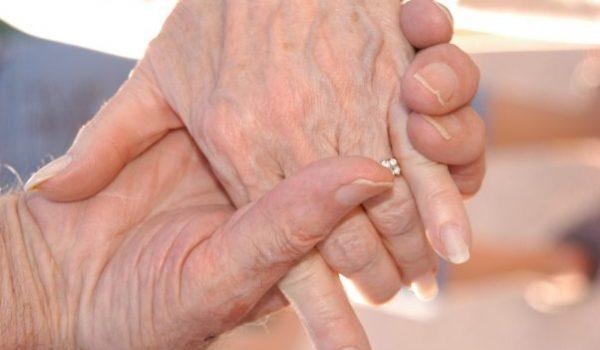 grandparents-2778661_1920 (1)